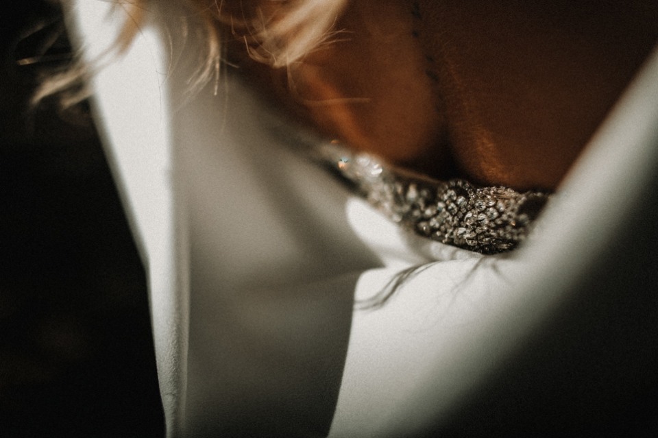 bride dress detail during portarits