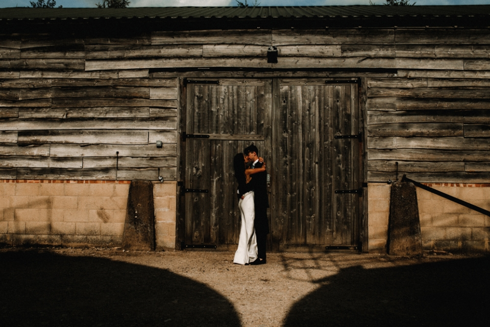 merris court bride and groom session