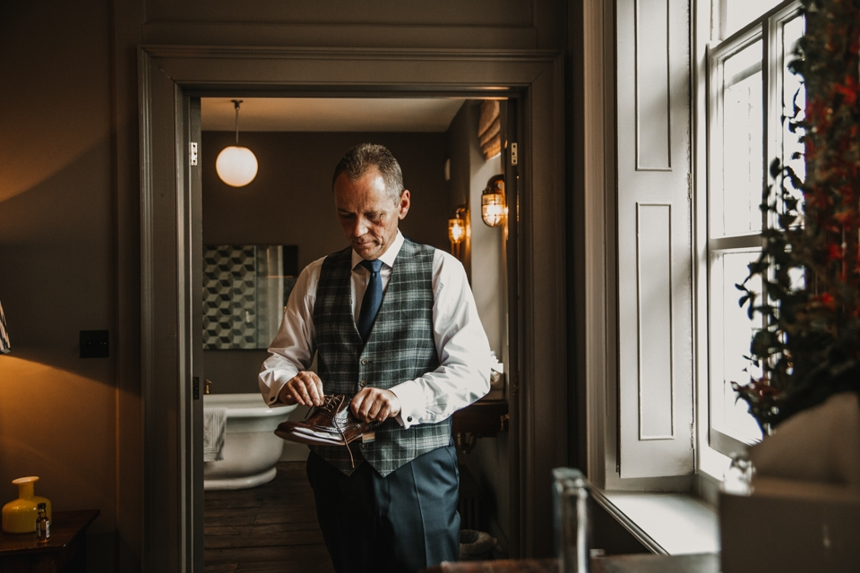 father of bride getting ready