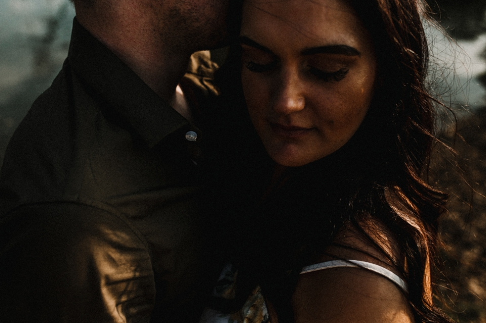 close beautiful intimate and earthy pre wedding session kent