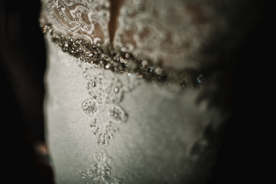 bride dress detail wed2be dress