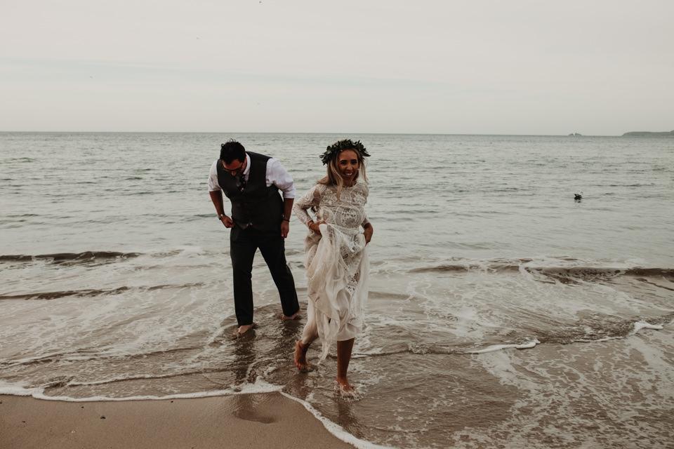 looks like film wedding photography