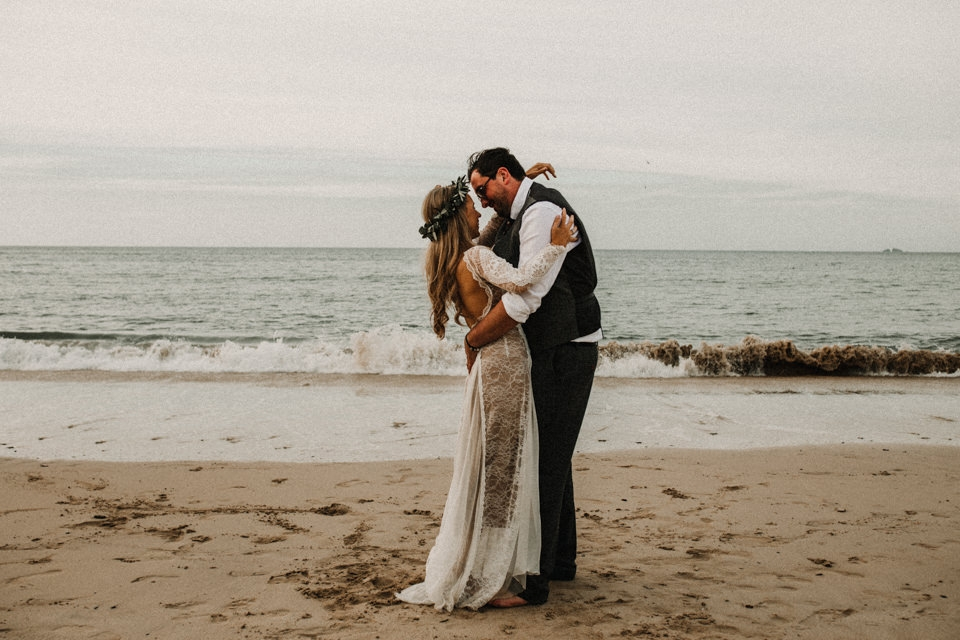 romantic couple shoot on the beach in st ives , south cornwall