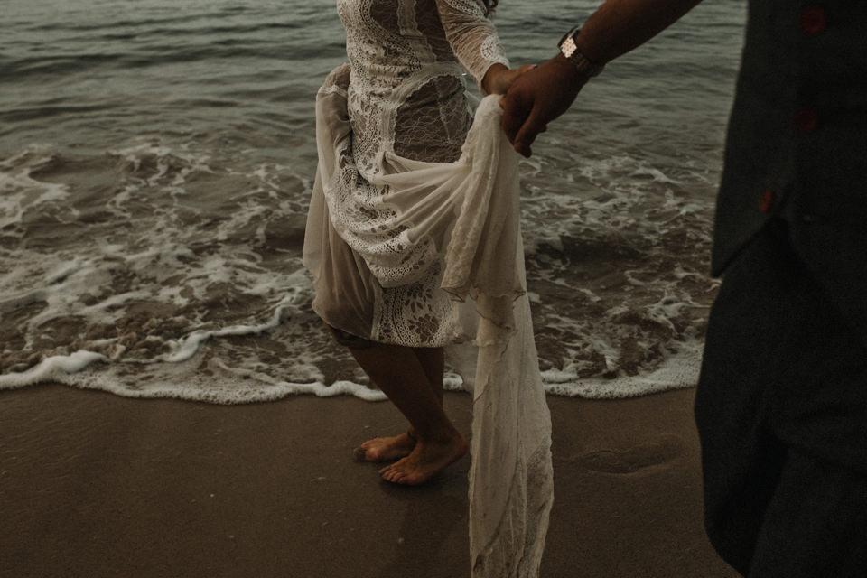 grace loves lace detail wedding gown