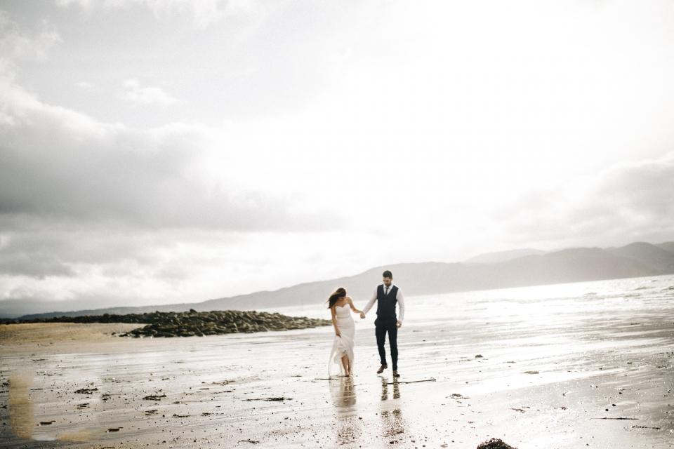 seaside beach weddings