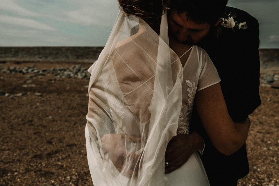 beautiful wedding veil , harlech beach wedding