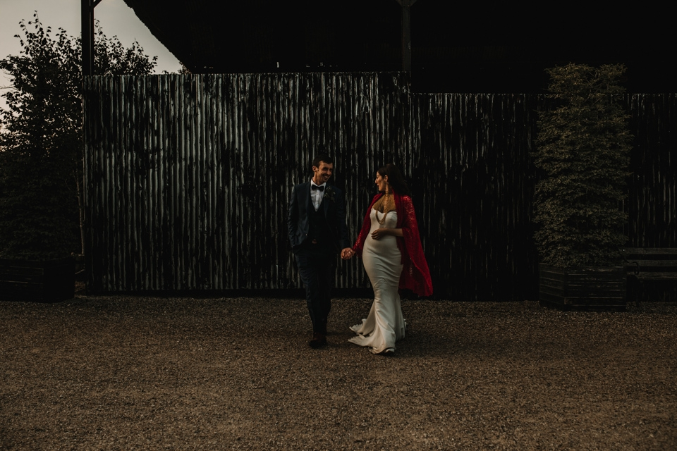 natural wedding photography gloucester cripps barn