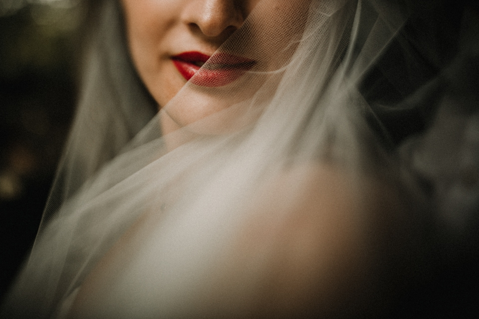 close up freelensed portrait of bride and room in the walled garden