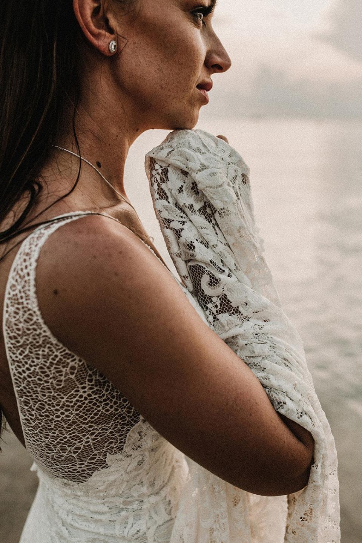 bride wears grace loves lace in thailand