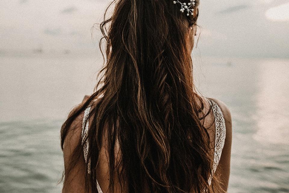 boho hair and bride on the beach