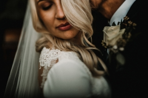 Amy and Howie -Iscoyd Wedding photography
